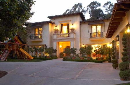 Britney Spears sells her Beverly Hills home again